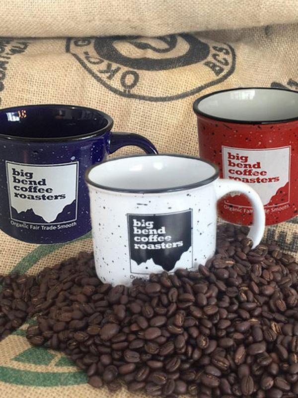 Ceramic-mugs-on-coffee-beans